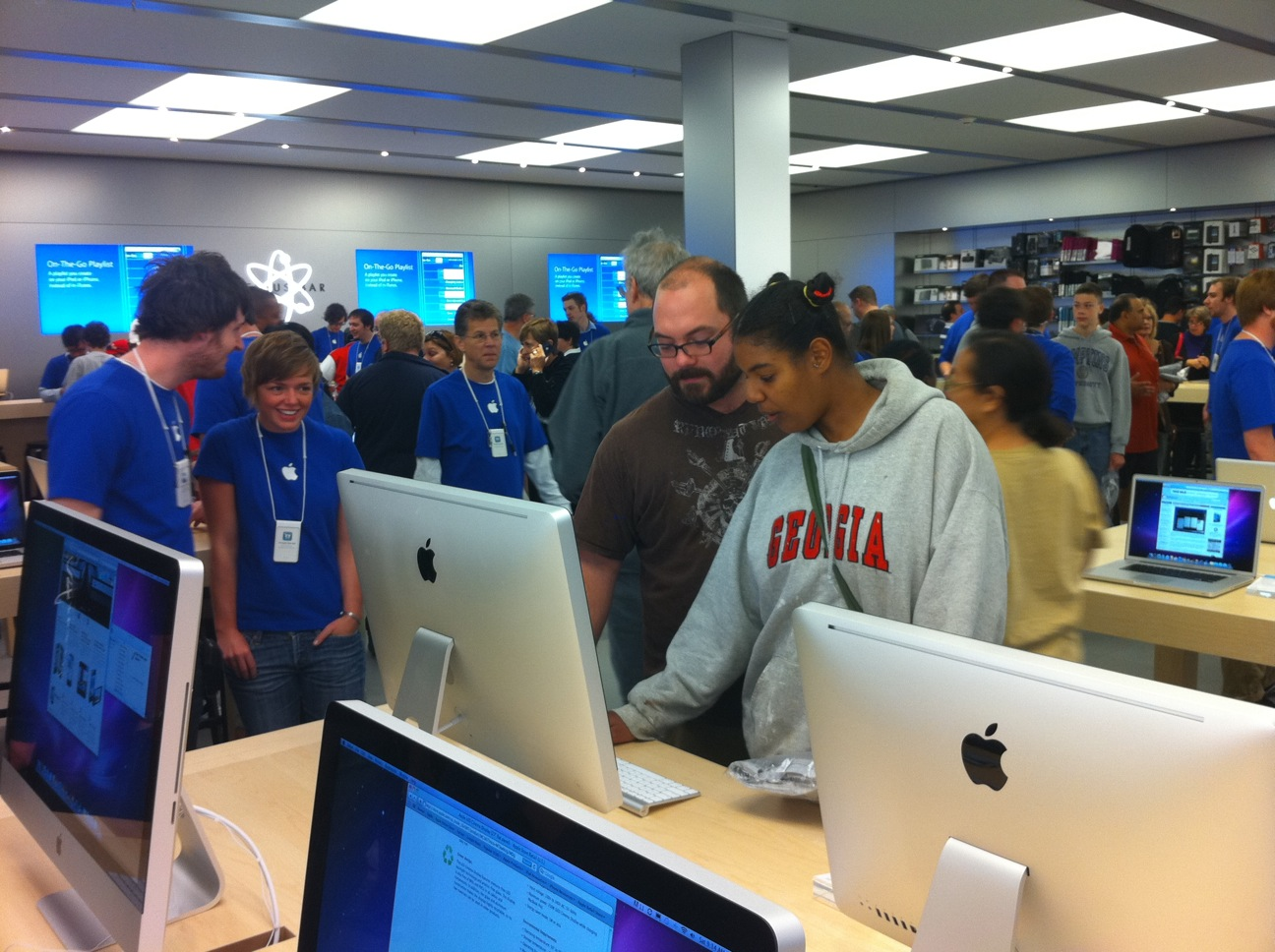 Apple Store Galleria - opening day