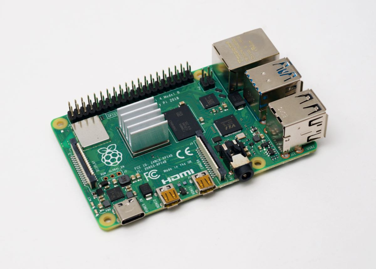 Rasbperry Pi with CPU Heatsink