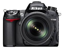 Nikon D7000 - Front
